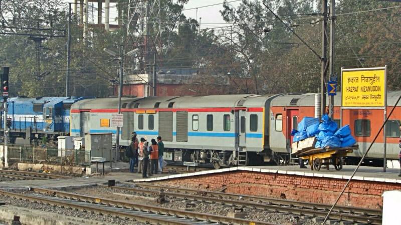 Image result for nizamuddin metro station rush